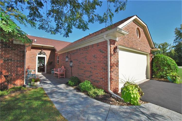1980 Crystal Bay East Drive Plainfield, IN 46168 | MLS 21665119 | photo 2