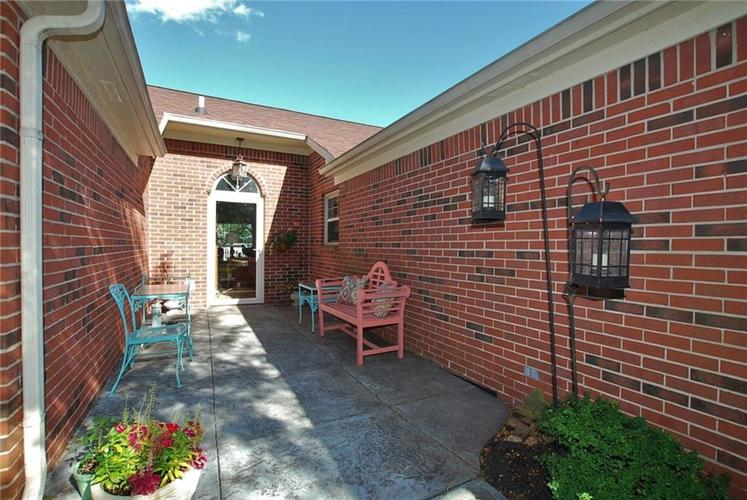 1980 Crystal Bay East Drive Plainfield, IN 46168 | MLS 21665119 | photo 6