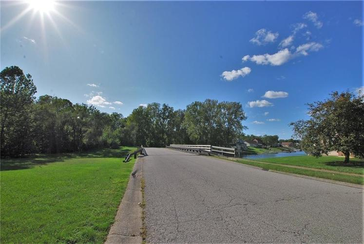 1980 Crystal Bay East Drive Plainfield, IN 46168 | MLS 21665119 | photo 7