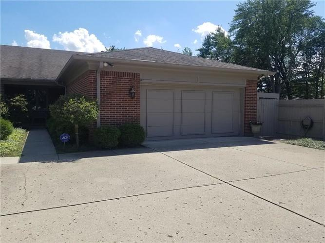 421 W 86th Street Indianapolis IN 46260 | MLS 21665151 | photo 1