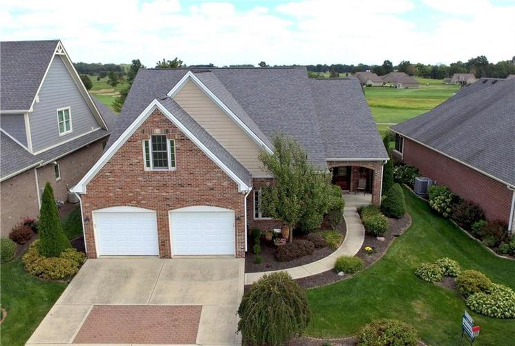 2263 Somerset Drive Franklin, IN 46131 | MLS 21665157 | photo 1