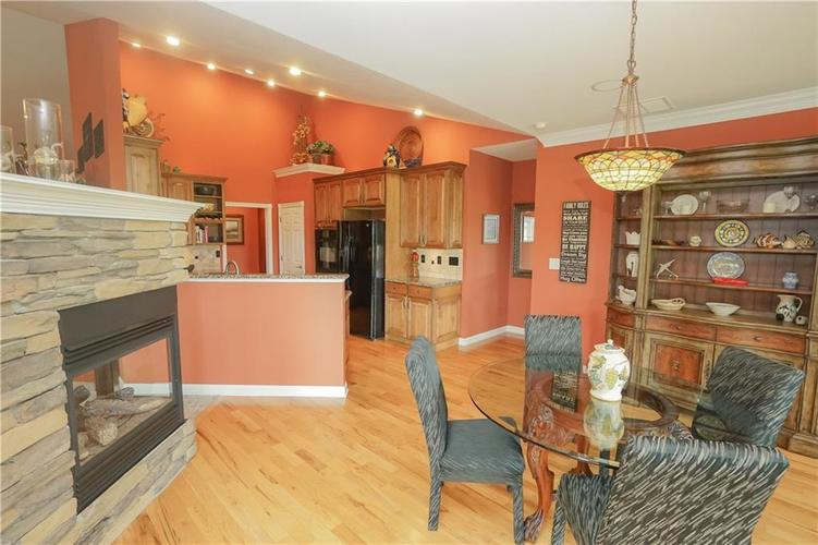 2263 Somerset Drive Franklin, IN 46131 | MLS 21665157 | photo 16