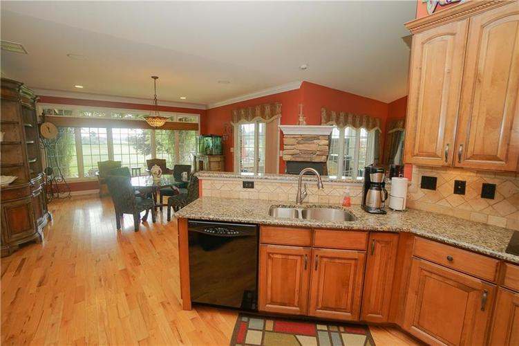 2263 Somerset Drive Franklin, IN 46131 | MLS 21665157 | photo 18