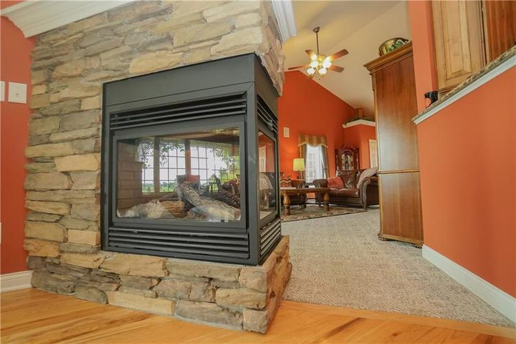 2263 Somerset Drive Franklin, IN 46131 | MLS 21665157 | photo 20