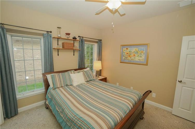 2263 Somerset Drive Franklin, IN 46131 | MLS 21665157 | photo 30