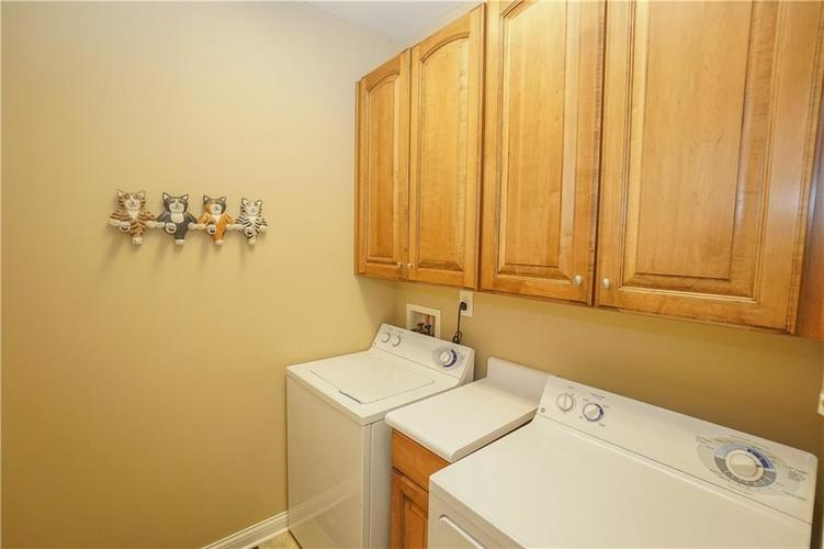 2263 Somerset Drive Franklin, IN 46131 | MLS 21665157 | photo 33