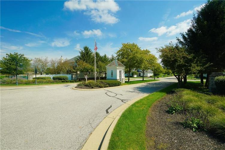 2263 Somerset Drive Franklin, IN 46131 | MLS 21665157 | photo 46