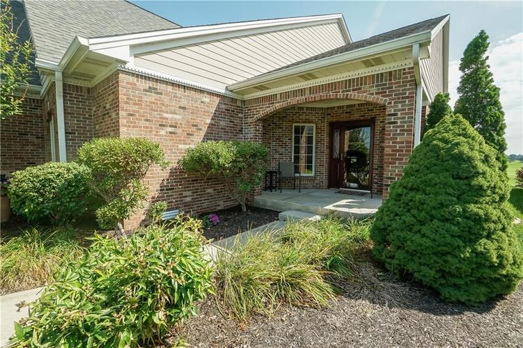 2263 Somerset Drive Franklin, IN 46131 | MLS 21665157 | photo 8