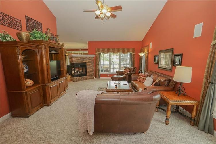 2263 Somerset Drive Franklin, IN 46131 | MLS 21665157 | photo 9