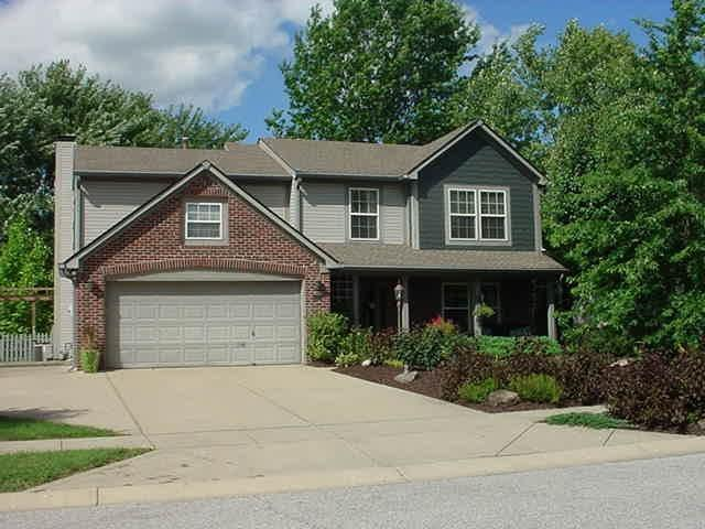 111 Oakview Drive Mooresville, IN 46158 | MLS 21665160 | photo 1