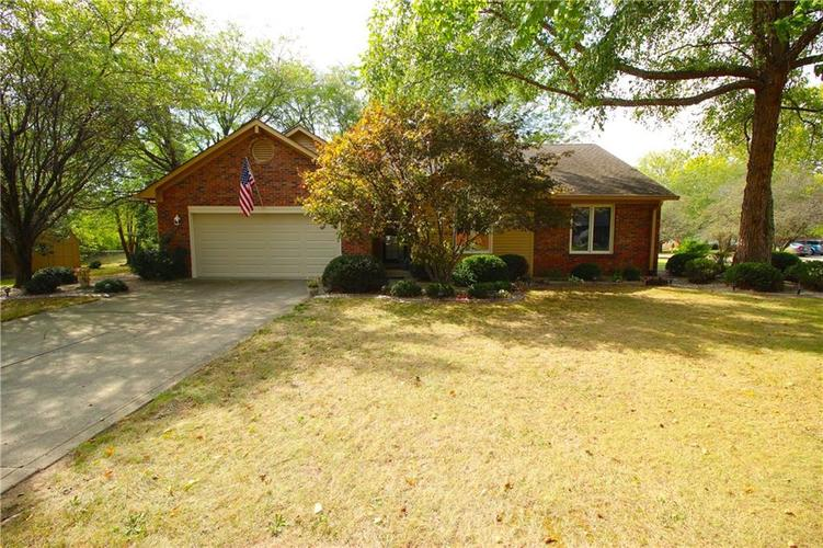 674 S Windmill  Greenwood, IN 46142 | MLS 21665223