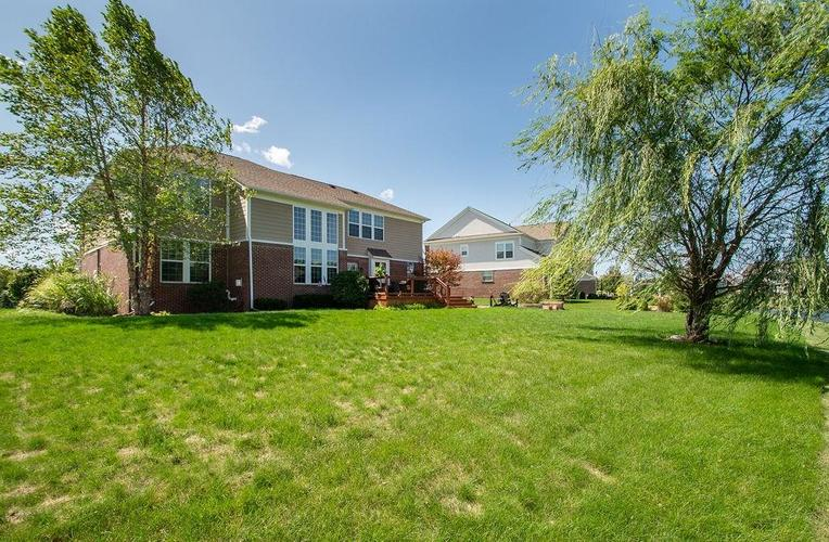 8900 Spring Violet Place Zionsville, IN 46077 | MLS 21665232 | photo 40
