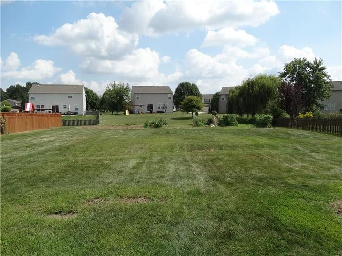 3671 Pickwick Circle Plainfield, IN 46168 | MLS 21665261 | photo 28