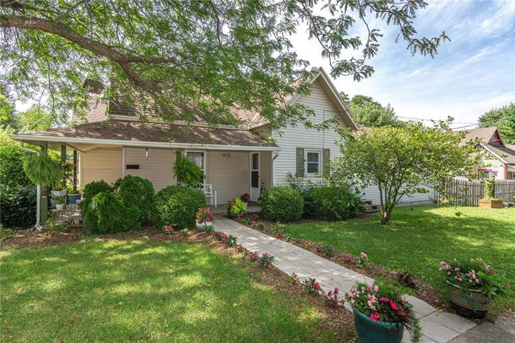 302 W Clinton Street Danville, IN 46122 | MLS 21665262