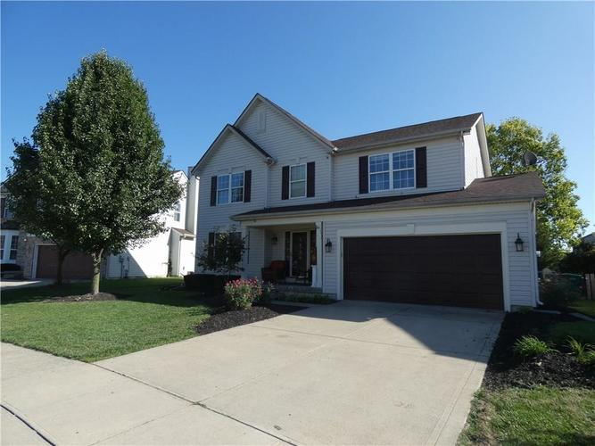 7841 INISHMORE Way Indianapolis IN 46214   MLS 21665269   photo 2