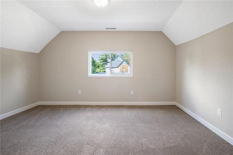 1051 W 34th Street Indianapolis, IN 46208 | MLS 21665286 | photo 10