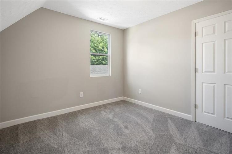 1051 W 34th Street Indianapolis, IN 46208 | MLS 21665286 | photo 11