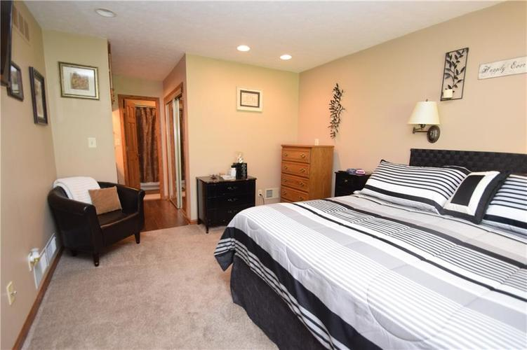 206 Circle Drive New Market, IN 47965 | MLS 21665294 | photo 14