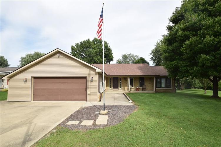 206 Circle Drive New Market, IN 47965 | MLS 21665294 | photo 29