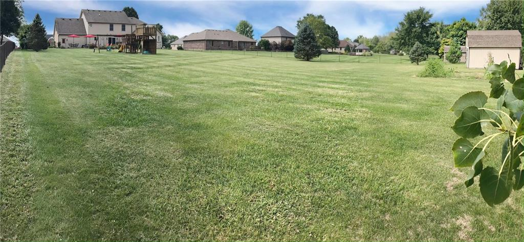 868 W MICHAELS Court Fountaintown, IN 46130   MLS 21665322   photo 31