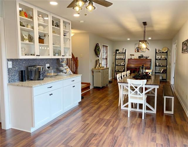 868 W MICHAELS Court Fountaintown, IN 46130   MLS 21665322   photo 5