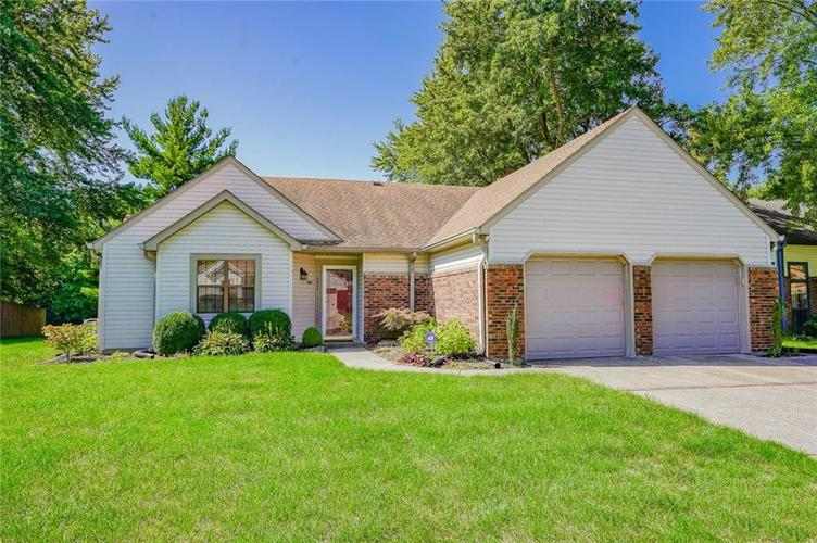 6899  Caledonia Circle Indianapolis, IN 46254 | MLS 21665339