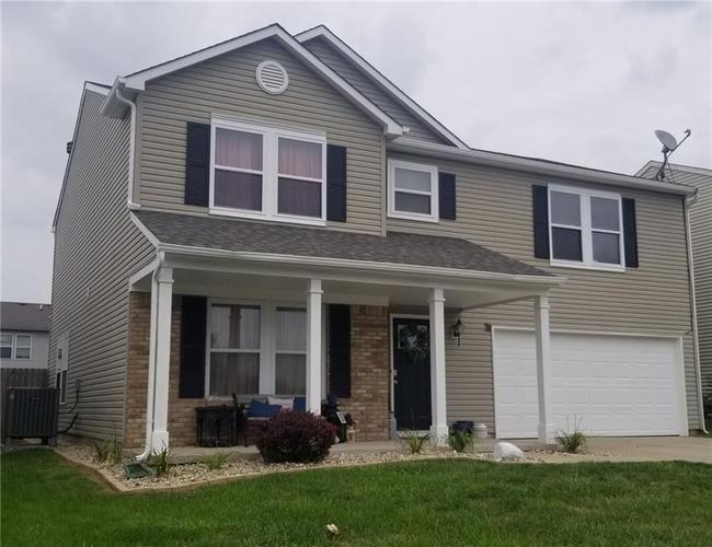 10916 Daylight Drive Camby, IN 46113 | MLS 21665421 | photo 2