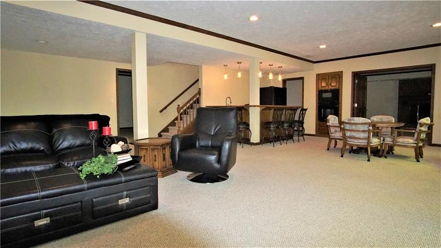 8244 Twin Pointe Circle Indianapolis, IN 46236 | MLS 21665441 | photo 22