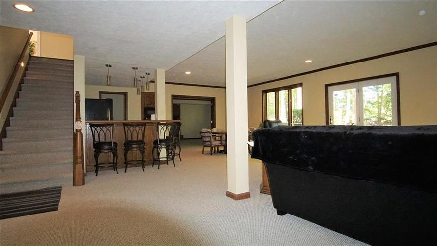 8244 Twin Pointe Circle Indianapolis, IN 46236 | MLS 21665441 | photo 23