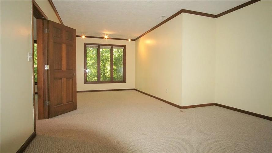 8244 Twin Pointe Circle Indianapolis, IN 46236 | MLS 21665441 | photo 25