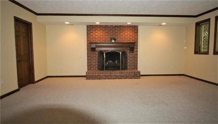 8244 Twin Pointe Circle Indianapolis, IN 46236 | MLS 21665441 | photo 28