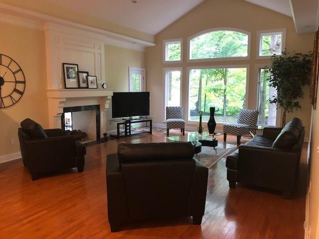8244 Twin Pointe Circle Indianapolis, IN 46236 | MLS 21665441 | photo 6