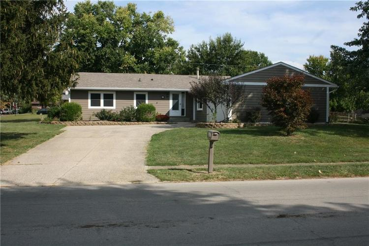 597  Meadow View Lane Greenwood, IN 46142 | MLS 21665504