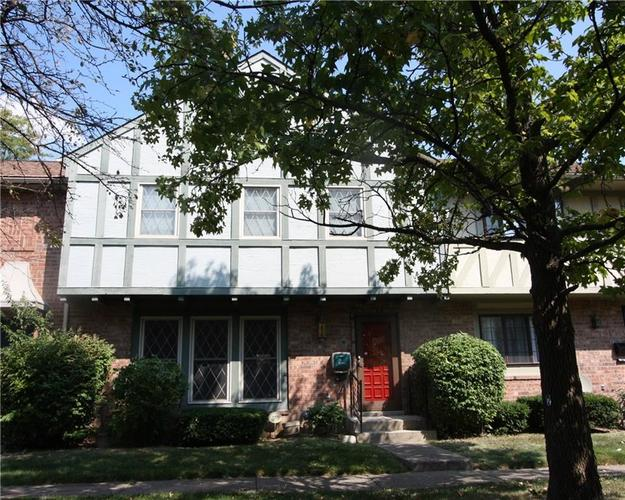 8103 Bromley Place Indianapolis, IN 46219 | MLS 21665562 | photo 1