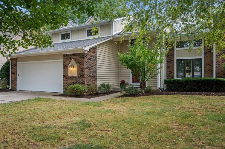 8645 Chateaugay Drive Indianapolis IN 46217 | MLS 21665732 | photo 1