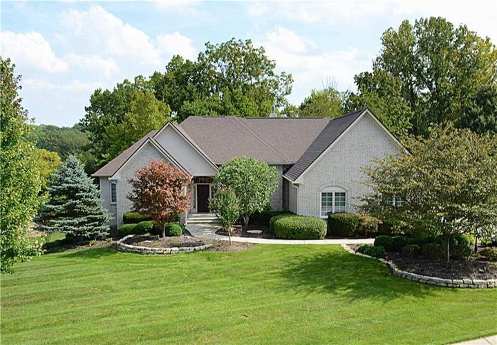8951 Summer Estate Drive Indianapolis, IN 46256 | MLS 21665770 | photo 1