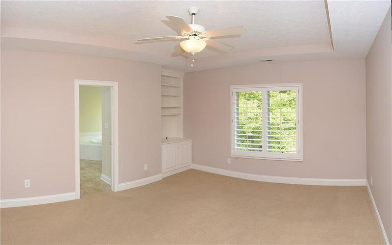 8951 Summer Estate Drive Indianapolis, IN 46256 | MLS 21665770 | photo 16