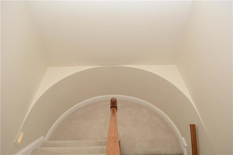 8951 Summer Estate Drive Indianapolis, IN 46256 | MLS 21665770 | photo 23