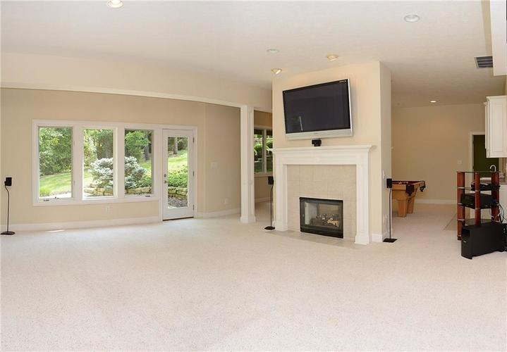 8951 Summer Estate Drive Indianapolis, IN 46256 | MLS 21665770 | photo 24