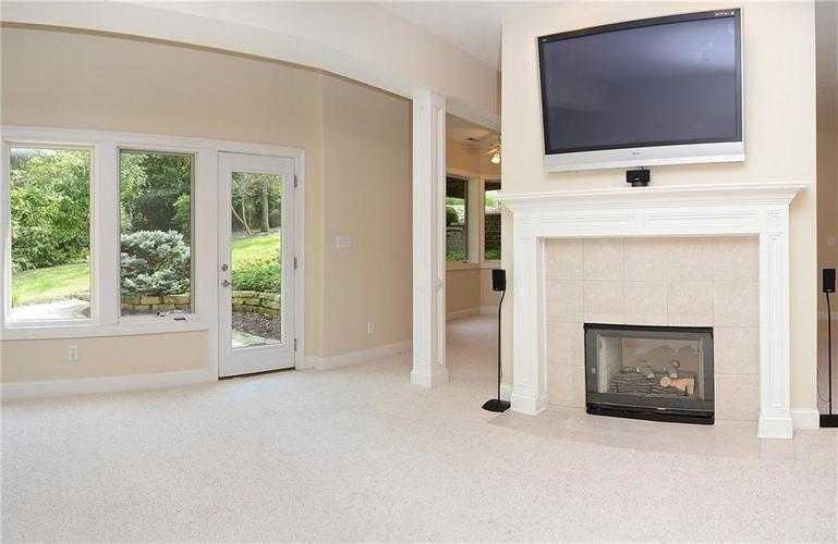 8951 Summer Estate Drive Indianapolis, IN 46256 | MLS 21665770 | photo 26