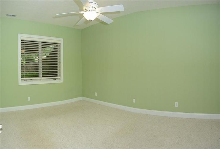 8951 Summer Estate Drive Indianapolis, IN 46256 | MLS 21665770 | photo 27