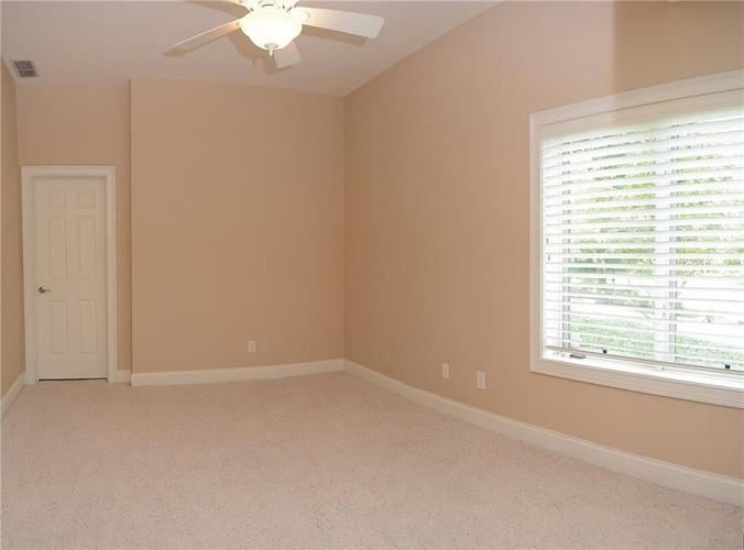 8951 Summer Estate Drive Indianapolis, IN 46256 | MLS 21665770 | photo 31