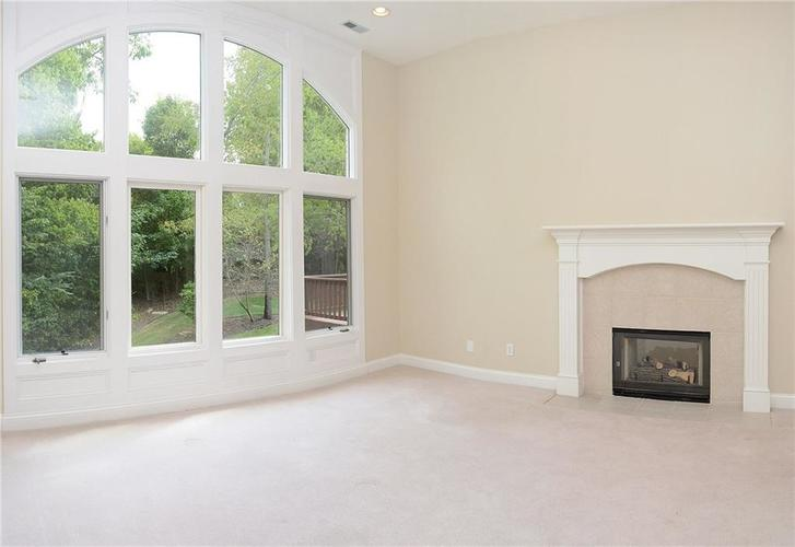 8951 Summer Estate Drive Indianapolis, IN 46256 | MLS 21665770 | photo 5