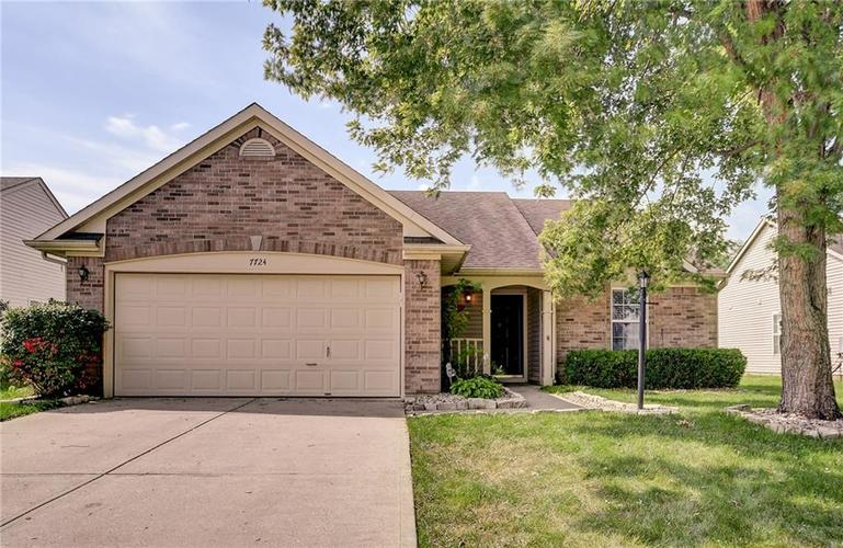 7724  Blackthorn Drive Indianapolis, IN 46236 | MLS 21665858