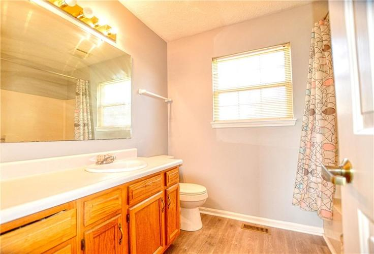 5937 Southern Springs Avenue Indianapolis, IN 46237   MLS 21665871   photo 12