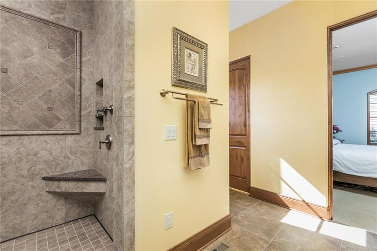 15395 Whistling Lane Carmel, IN 46033 | MLS 21665930 | photo 31