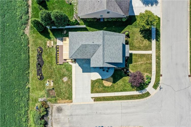 2047 Treving Drive Cicero, IN 46034 | MLS 21665931 | photo 7
