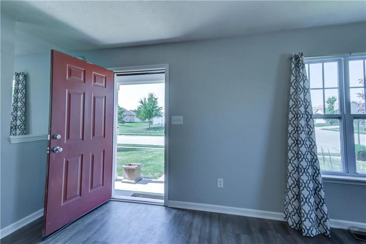 2047 Treving Drive Cicero, IN 46034 | MLS 21665931 | photo 8