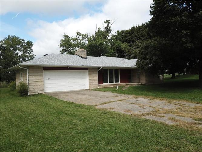 5424 S County Road 0  Clayton, IN 46118 | MLS 21665959