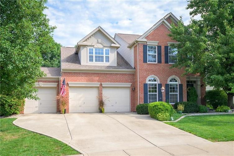 6442  Clearwater Court Avon, IN 46123 | MLS 21665970